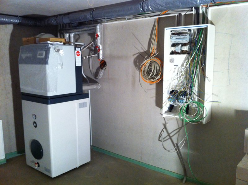 elektroanschluss w rmepumpe klimaanlage und heizung. Black Bedroom Furniture Sets. Home Design Ideas
